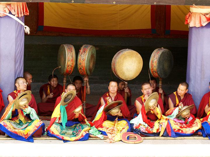Monaci2-cultura-e-minoranze-etniche-qinghai-tibet-cina-emotions-magazine-rivista-viaggi-turismo_n4