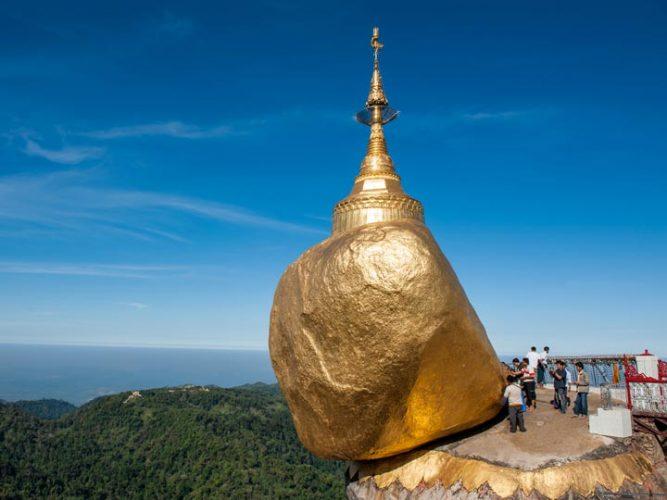 Myanmar-Birmania-Roccia-d-oro-kyaikhtiyo-pagoda-buddha-buddismo-birmani-emotions-magazine-rivista-viaggi-turismo_n1