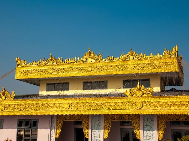 Myanmar-Birmania-Roccia-d-oro-kyaikhtiyo-pagoda-buddha-buddismo-birmani-emotions-magazine-rivista-viaggi-turismo_n6