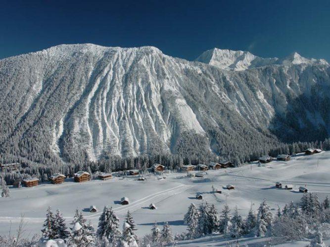courchevel-neve-sci-sciare-francia-snowboard-natale-settimana-bianca-emotions-magazine-rivista-viaggi-turismo_n2