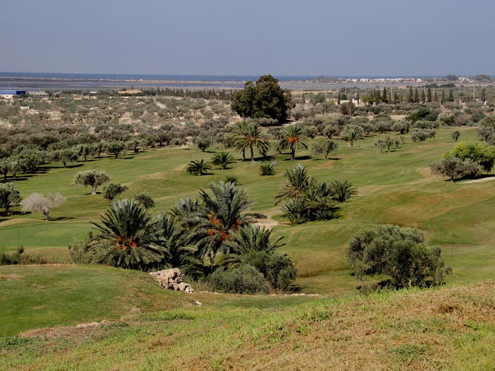 Golf in Tunisia viaggio tunisia golf flamingo golf Monastir emotions magazine rivista viaggi turismo