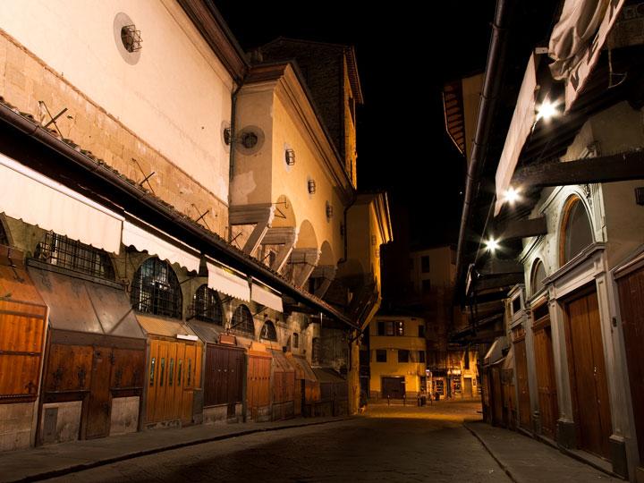 ponte vecchio viaggio firenze ponte vecchio orafi gioiellieri mercato gioielli di ponte vecchio emotions magazine rivista viaggi rivista turismo