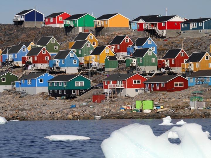 villaggio sulla Disko Bay Groenlandia viaggio groenlandia emotions magazine rivista viaggi rivista turismo