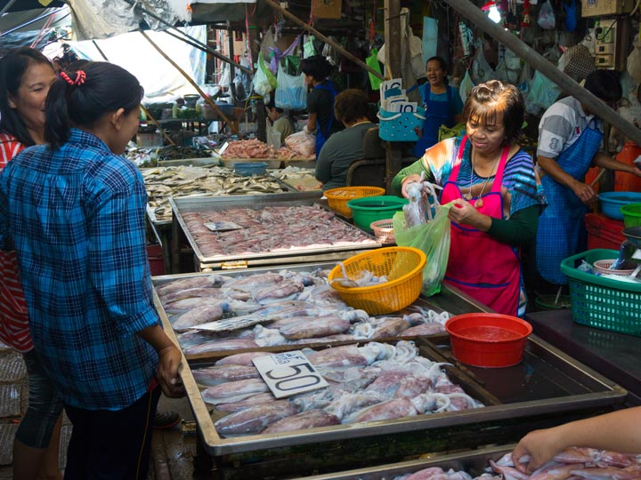 Tailandia - thailand - mercati thai - mercatino tailandese - emotions magazine - rivista viaggi - rivista turismo