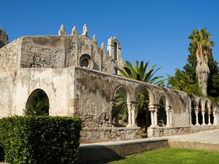 viaggio siracusa viaggio sicilia catacombe san giovanni emotions magazine rivista viaggi rivista turismo