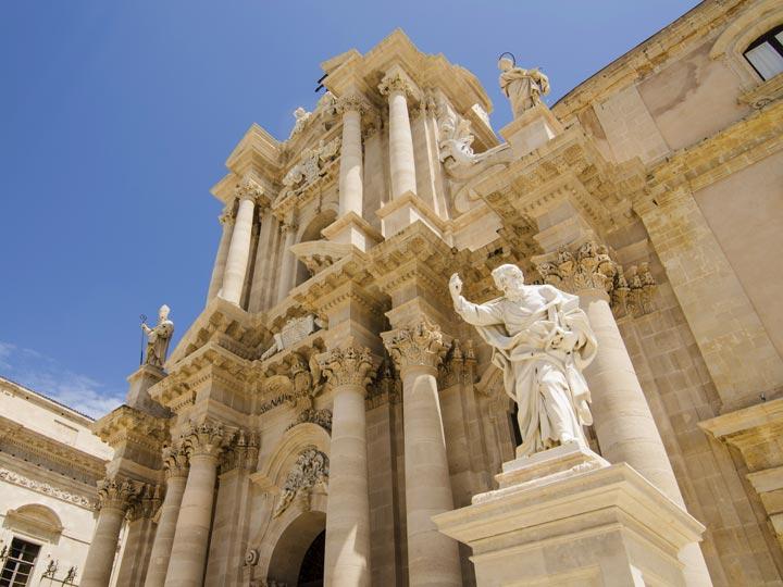 viaggio siracusa viaggio sicilia cattedrale emotions magazine rivista viaggi rivista turismo