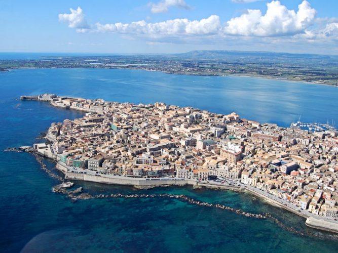viaggio siracusa viaggio sicilia ortigia emotions magazine rivista viaggi rivista turismo