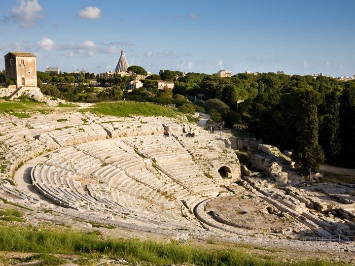 viaggio siracusa viaggio sicilia teatro greco emotions magazine rivista viaggi rivista turismo