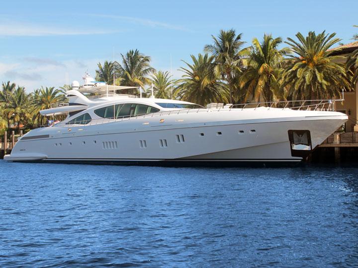 Vita da Yacht - vacanza in yacht - emotions magazine - rivista viaggi - rivista turismo