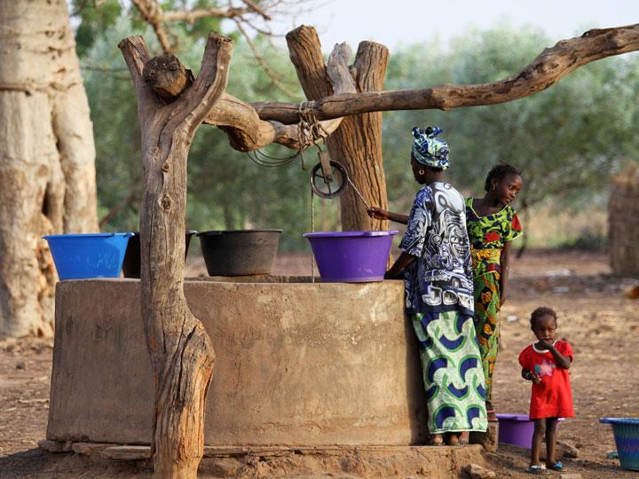 i mille volti del senegal - il pozzo del villaggio Senegal - emotions magazine - rivista viaggi - rivista turismo