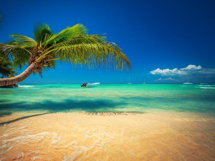 spiaggia isola di Saona - Repubblica Dominicana - festival gastronomico domenicano 2018 - emotions magazine - rivista viaggi - rivista turismo