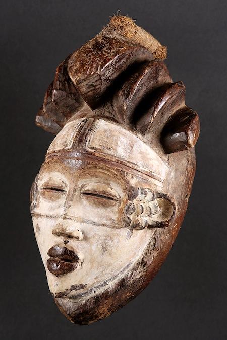 3-Maschera Moukouji Pounou Tsangui