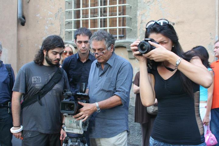 Il-regista-Giuseppe-Ferlito-durante-le-riprese-a-Lucca copia
