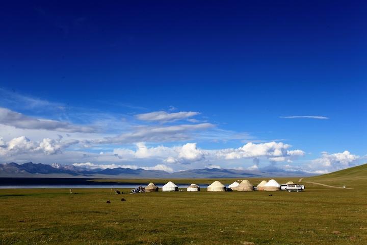 Lago Son Kol e yurte