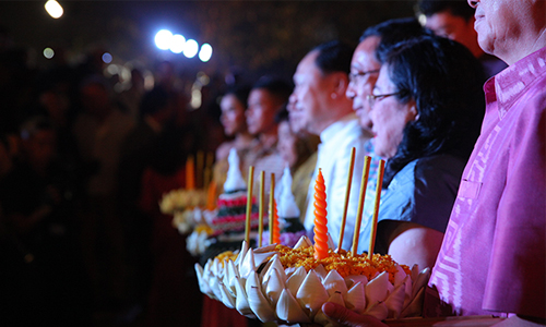 loi-krathong-in-bangkok-2015-8-500x300