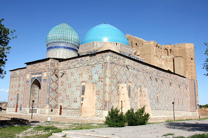 Mausoleo di Yasui in Turkistan (UNESCO) copia
