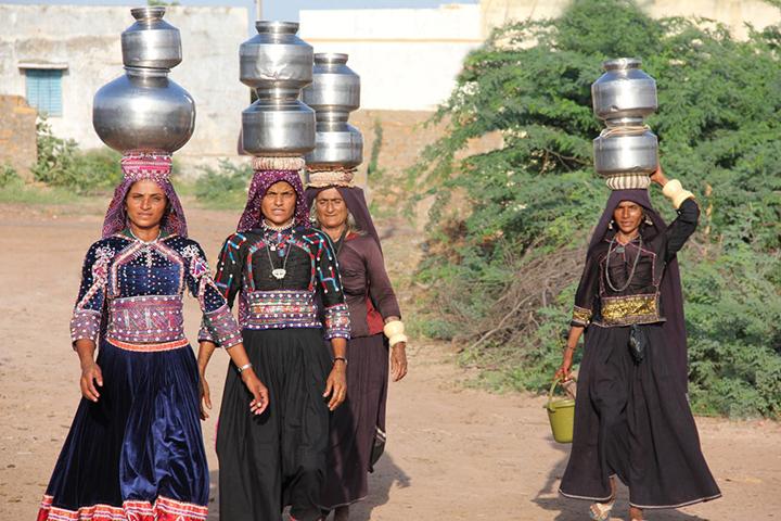 Popolazioni nomadi Riserva del Piccolo Deserto di Kutch copia