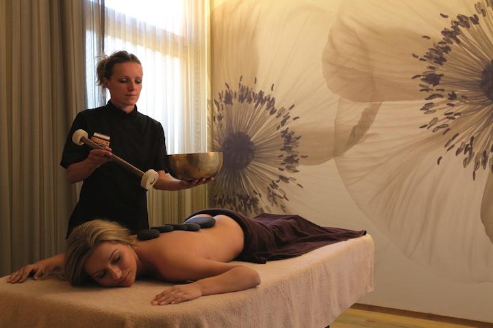 Romantik_Hotel_Weisses_Kreuz_-_Massaggio
