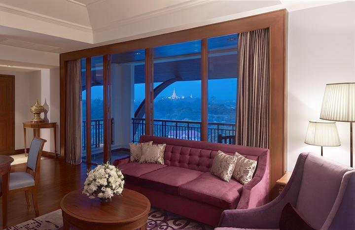 Una Deluxe Suite con una vista dello Schwedagon