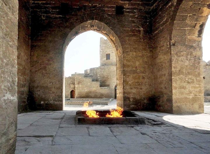 azer24m fuoco sacro copia