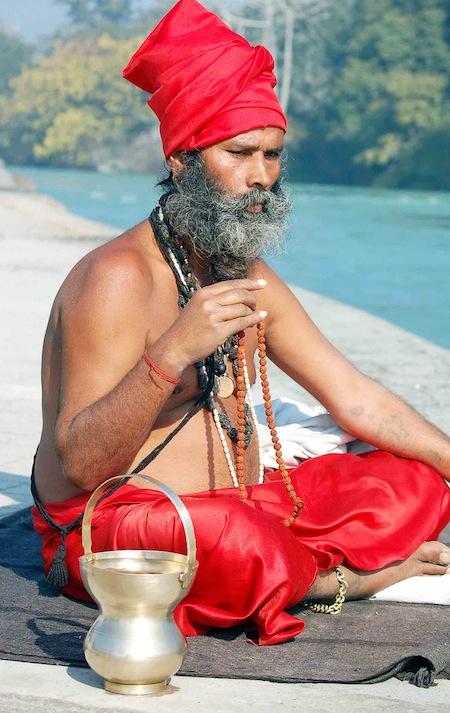 kumb04vm Sadhu maditazione copia