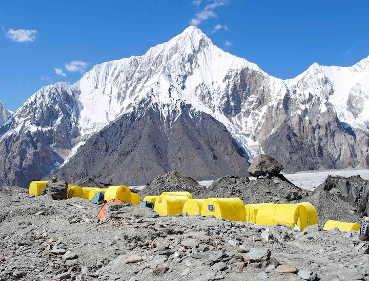 kyrgy01m campo base South Inylchek