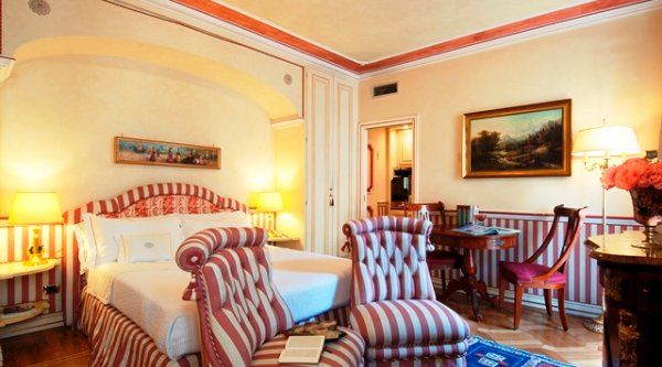 02-Petit-Palais-Milano-Space-Hotels-Room