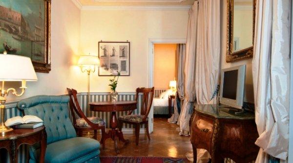 14-Petit-Palais-Milano-Space-Hotels-Suite-Jardin-Immaginaire