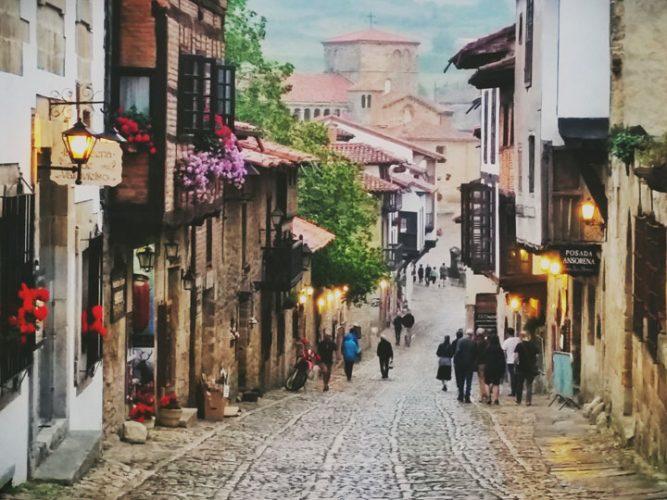 viaggio santillana del mar paesi baschi turismo cantabria viaggio santander viaggio spagna emotions magazine rivista viaggi rivista turismo