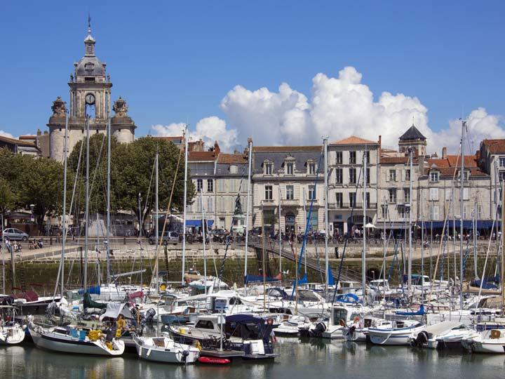 il porto de La Rochelle sulla costa di Poitou-Charentes - emotions magazine - rivista viaggi - rivista turismo