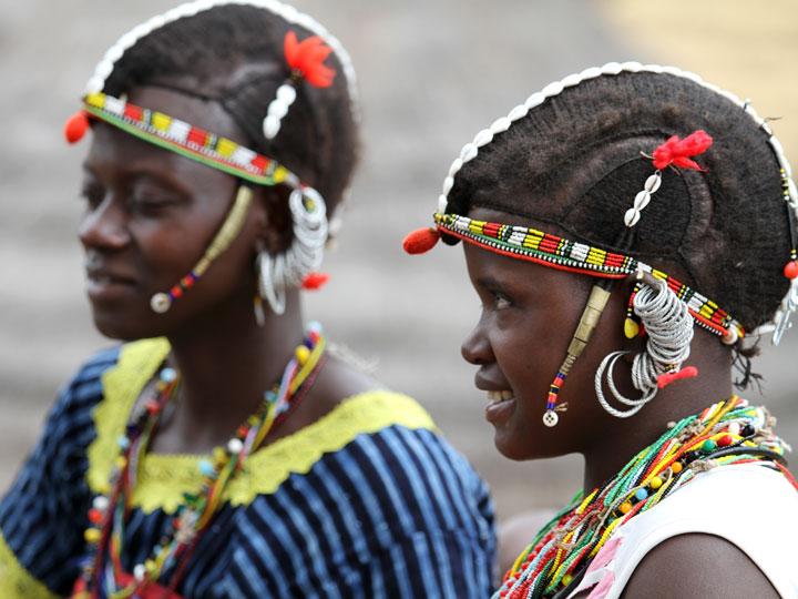 i mille volti del senegal - fanciulle Bedick Senegal - emotions magazine - rivista viaggi - rivista turismo